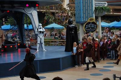 """[Spectacle] """"Jedi Training Academy"""" à Videopolis (depuis le 11 juillet 2015) - Page 6 1b43d335-d367-430c-a5e5-a70222352625_d"""